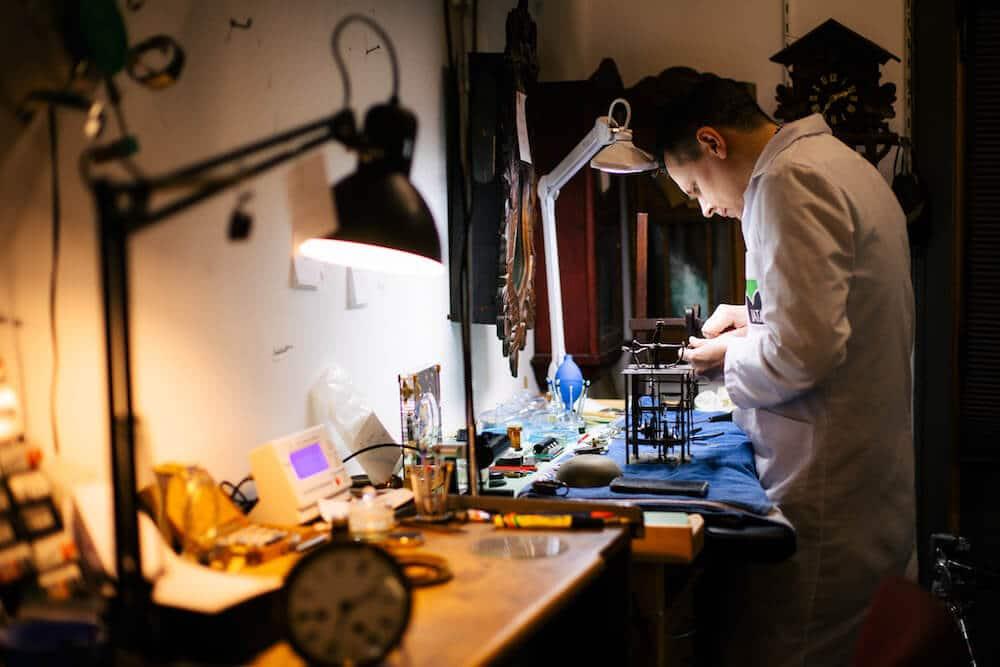 Atelier-reparation-montre-liege