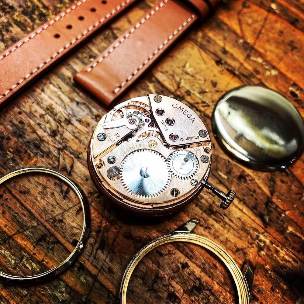 Omega-montre-squelette-vintage